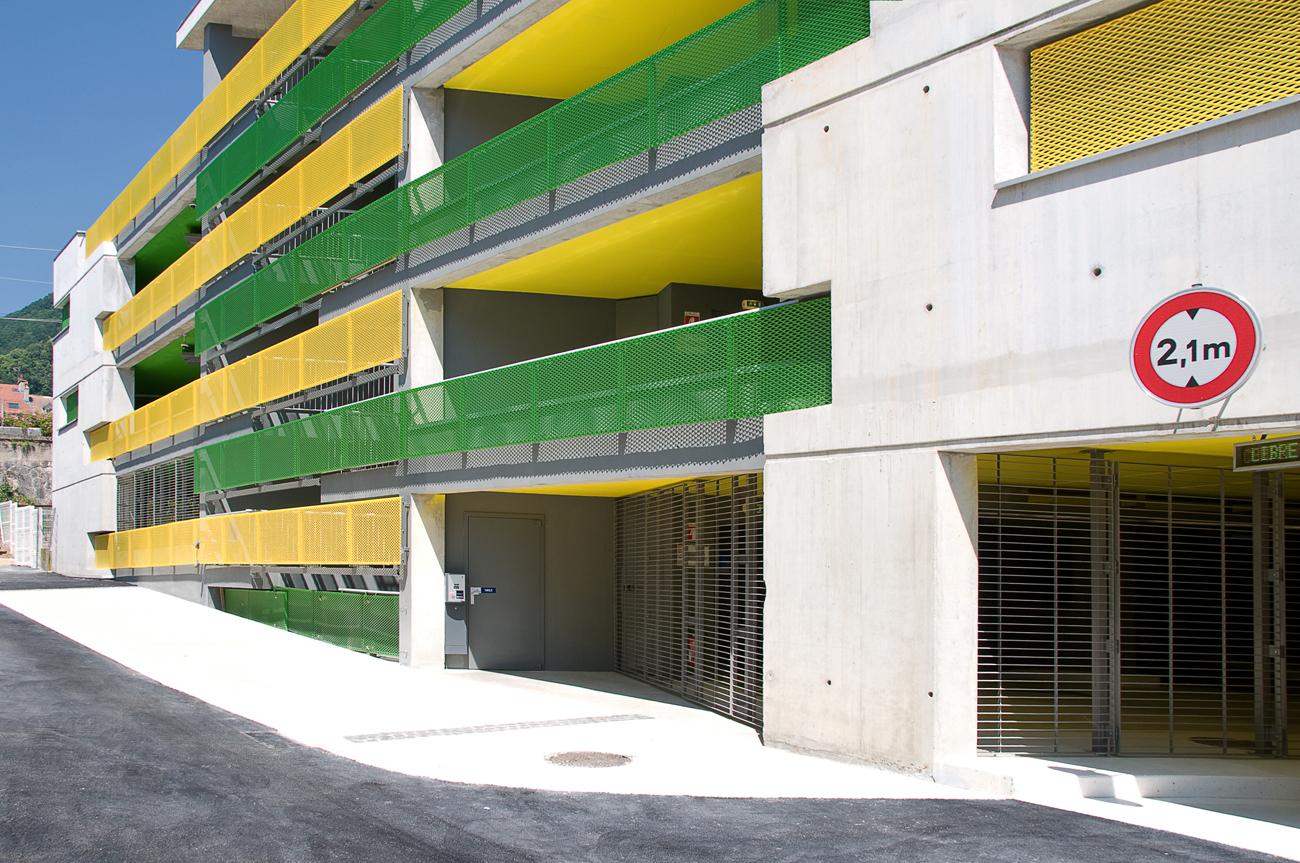 parking les tisserands voiron 38 atelier a. Black Bedroom Furniture Sets. Home Design Ideas