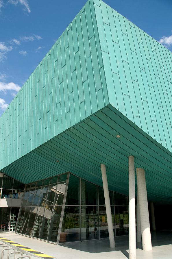 Centre culturel l 39 odyss e eybens 38 atelier a for Piscine d eybens